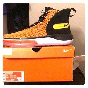 Nike Alpha dunk